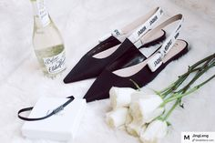 fresh day from the ribbon. 🖤 #dior #diorshoes #diorchocker #choker #freshmorning #fresh #fashionshoot #stylediaries #styleinspiration #stylelife #morningmotivation #lifestyle #lifestyleblogger #style #life #scent #freshlypicked #shopping #shoppingaddict #shoppingguide #hot #hotpieces #fashionpics #fashionpiece #shoppinglist #whattobuy #modesens #modesensmoment @dior  from @JingLeng's closet