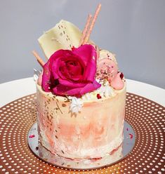Vanilla & Roses by Passiontree Velvet. Bespoke cakes available for all the special occasions in your life. For all enquiries, please visit our website: www.passiontreevelvet.com