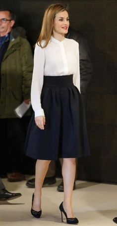 Queen Letizia of Spain /Appropriate Clothes For Work In The Heatwave or Dressing Professionally During The Warmer Months #AY Business Casual Attire #Work_Outfit #Office_Outfits #Work_Attire #Workwear #Office_Wear #Work_Wardrobe #Modest_Clothing Spring Summer Outfits Summer Spring Fashion #Apostolic_Fashion #Office_Fashion #Business_Casual_Outfits #Professional_Attire #Interview_Outfits