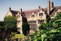 Trerice an Elizabethan Manor in Cornwall built around 1570 and extended in 1595 (National Trust)