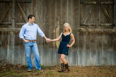 Love her outfit!  Country Engagement Photos by Lisa Shelby Photography  http://www.thebridelink.com/blog/2013/05/22/country-engagement-photos-by-lisa-shelby-photography/