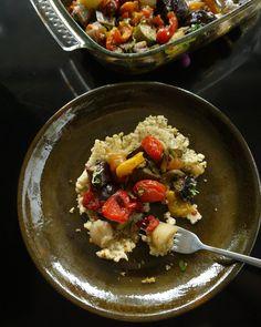 το μπριάμ της ευτυχίας (και της ευκολίας) - Pandespani.com Briam, Acai Bowl, Main Dishes, Favorite Recipes, Breakfast, Food, Gastronomia, Acai Berry Bowl, Main Course Dishes