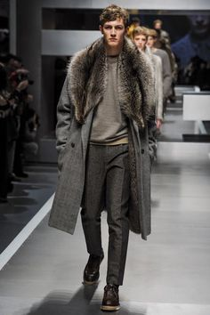 so in love with this coat. fur collar. mens fashion | Urban ...