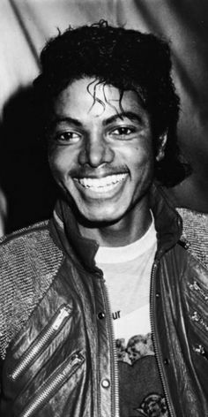 Michael Jacksons Dad My Son Visits Me in My Sleep - On the fifth anniversary of Michael Jackson's death his father Joe has offered a remembrance of his [...]