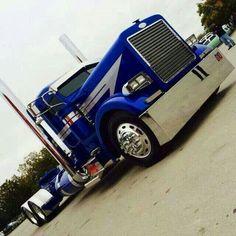 Peterbilt 379 Lift Operator Training www. Show Trucks, Big Rig Trucks, Dump Trucks, Old Trucks, Peterbilt 379, Peterbilt Trucks, Custom Big Rigs, Custom Trucks, Diesel Trucks