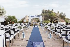 nautical ceremony decor http://weddingwonderland.it/2015/05/cerimonia-all-aperto.html