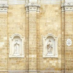 """#facade #gradation on the #cathedral of #Brindisi - """"in a #repetitive #structure like #texture or #series the #elements may gradually #change their #form  #size or #orientation . #gradation thus combines two #contradictory #characteristics : #relationships and #difference without a #pronounced #hierarchy """" in Pierre Von Meiss' Elements of Architecture [[[ #italy #puglia #stone #architecture ]]] {{{ #facade #project }}}"""