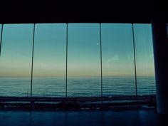 一度は訪れてみたい!国内で美しい景色が眺められる絶景カフェ7選 | RETRIP