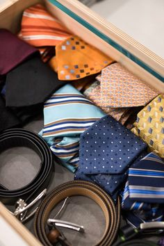 Rolling up ties or belts is a great way to store accessory items in a drawer. Jewelry Drawer, Jewellery Storage, Amazing Gardens, Beautiful Gardens, Shoe Rack With Shelf, Shoe Storage, Storage Ideas, Shelf Dividers, Tie Rack