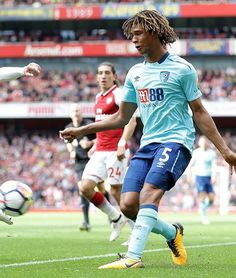 Nathan Aké ~ AFC Bournemouth vs. Arsenal 9/9/2017 Afc Bournemouth, Manchester City, Arsenal, Football, Running, Sports, Soccer, Hs Sports, Futbol