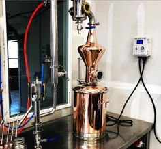 Making spirits at home is quite contentious and laws vary greatly from state to state. Check out our latest blog on at-home distillation to read more: 📸 Clear Water Distilling Co #distillery #intheknow #entrepreneur #learningtodistill #craftspirits #distillingequipment #stilldragonequipment #distilling #learnsomethingnew #newtodistilling #newdistillery #startup #homedistillation #knowthelaws #TTB