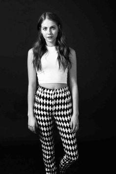 49 Hottest Willa Holland Bikini Pictures That Will Make Your Heart Thump For Her The Oc, Willa Holland Bikini, Gossip Girl, Thea Queen, Cw Series, Hot Brunette, Bikini Pictures, Dress For Success, Pretty Outfits