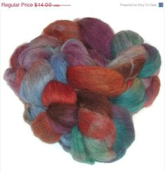 Christmas in July Merino-Cashmere Roving - Hand dyed Spinning Fiber EU SELLER