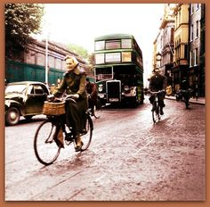 wet old Dublin in 1954 Photo Colourised by Pearse. Ireland Vacation, Ireland Travel, Old Pictures, Old Photos, Preston Lancashire, Images Of Ireland, Ireland Homes, Dublin City, Vintage London