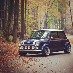 Brrrr its getting cold outside. final ride this year Owner: Love it Share it. Mini Cooper Classic, Classic Mini, Classic Cars, Fiat Pop, Mini Morris, Automobile, New Sports Cars, Sport Cars, Mini Copper