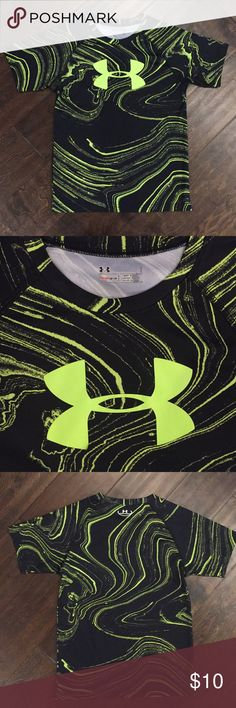 UA Tee Fun marbled pattern! Bundle & save! Under Armour Shirts & Tops Tees - Short Sleeve