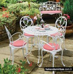 Bahçe içi ferforje masa modelleri