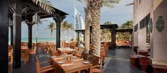 Madinat Jumeirah - Shimmers  minimum 15 AED /os   pasty, pizza, BBQ, owoce morza