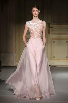 Lujo y sofisticacion en la Alta Costura: Georges Hobeika Haute Couture Primavera/Verano 2013