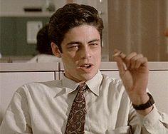 Benicio del Toro in China Moon (1994) dir.John Bailey