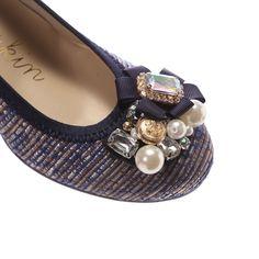 Bridget Birkin ブリジットバーキン ビジュー低寸ウエッジパンプス(ネイビーコンビ) -「買ってから選ぶ。」靴とファッションの通販サイト ロコンド