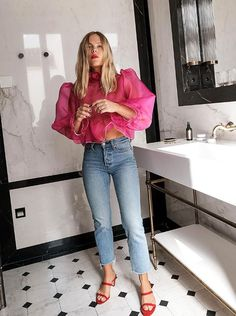 Best Sheer Blouses Pink Blouse We The People Style ; beste schiere blusen rosa bluse wir the people style Best Sheer Blouses Pink Blouse We The People Style ; Edgy Outfits, Mode Outfits, Fashion Outfits, Fashion Tips, Fashion Trends, Classy Outfits, Budget Fashion, Grunge Outfits, Fast Fashion