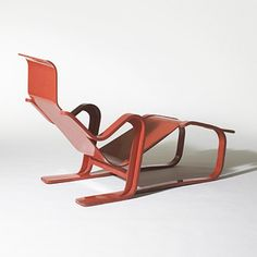 Marcel Breuer, Chaise Longue for Isokon, c1945.
