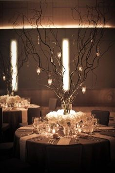 Many brides avoid having a winter wedding. The reasons are obvious. The weather is too cold, the decorations can be difficult to get. In fact, perfect winter wedding centerpieces can make everything right. Winter Wedding Centerpieces, Wedding Table Centerpieces, Flower Centerpieces, Wedding Decorations, Centerpiece Ideas, Willow Branch Centerpiece, Curly Willow Centerpieces, Stick Centerpieces, Manzanita Centerpiece