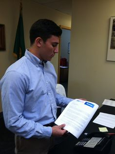 Martin Chaney drops Syria Educate Congress letter to Rep Susan DelBene's intern Josh (AL-1)