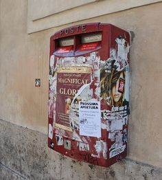 """""""Poste Italiane"""" seen in Rome City Centre, photographed with passion by www.gillyfish.com Rome City Centre, Beautiful Images, Passion, Aperture"""