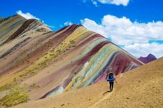 Welcome To The Breathtaking Psychedelic Rainbow Mountains Of Peru - Higher Perspective Rainbow Mountains, Colorful Mountains, Desert Mountains, Andes Mountains, Mountain Trails, Mountain Range, Machu Picchu, National Geographic, Bow Braid