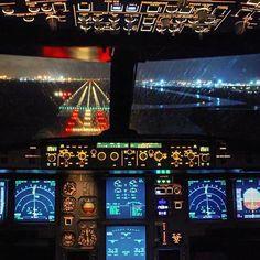 Night flight - Ural Airlines A320 landing