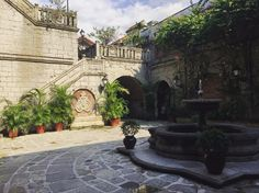 Quick stop in Manila? Try out this Intramuros to Binondo itinerary and make the most of what little time you've got in this capital city. Intramuros, Capital City, Manila, Old School, Philippines, Patio, Weddings, Mansions, House Styles