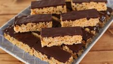 Mini Desserts, Chocolate Desserts, Easy Desserts, Dessert Recipes, Dessert Simple, Rice Krispies, Chefs, Corn Flakes, Cake Bars