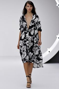 LFW - TopShop Unique SS 2013: I need this dress