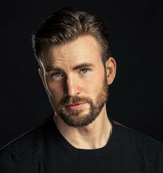Chris Evans reta a Jeremy Renner y a Anthony Mackie a hacer flexiones Scott Pilgrim, Beard Growth, Beard Care, Beard Styles For Men, Hair And Beard Styles, Trimmed Beard Styles, Beards And Hair, Guys With Beards, Hot Beards