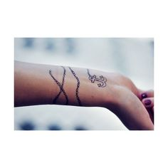 92 PROOF ❤ liked on Polyvore featuring accessories, body art, tattoos, pictures, tatoos, backgrounds and photos