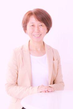 ゲスト◇渡辺 由美子(Yumiko Watanabe)千葉大学工学部を卒業後、㈱西武百貨店入社、販促事業部で、販促の仕事に従事。その後、出版社の雑誌創刊に携わりフリーランスで活動。ご主人の転勤に伴い一年間イギリス生活を経験。帰国後、キッズドアを07年に立ち上げ、同年10月にNPO法人化。全ての子ども達が希望の持てる社会を目指し、子ども向けイベントや子ども支援活動に関する勉強会などを幅広い子ども支援活動を行っている。