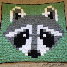 Crochet Raccoon Pixel Blanket by  sarah.townsend09 - Pattern: https://www.pinterest.com/pin/374291419003535719/