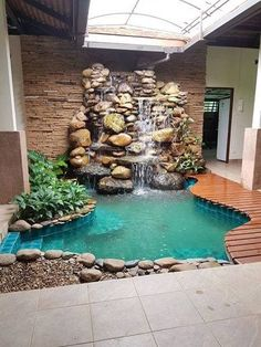 Komplettes Indoor-Steingarten-Wasserfall-Paket, The Effective Pictures We Offer You About big pool A quality picture can tell you many things. Small Backyard Pools, Backyard Pool Landscaping, Backyard Pool Designs, Ponds Backyard, Swimming Pools Backyard, Landscaping Ideas, Luxury Swimming Pools, Landscaping With Rocks, Small Pool Design
