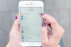 Difficile de vivre sans votre iPhone ? Vous n'êtes pas le seul ! Moi aussi j'ai du mal à m'en passer :-) Vous cherchez des astuces pour mieux utiliser votre mobile au quotidien ? Vous êtes au bo...