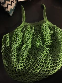 bolso verde Love Crochet, Crochet Yarn, Single Crochet, Crochet Top, Crochet Market Bag, Easter Crochet, Crochet Designs, Crochet Ideas, Stitch Design