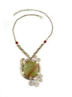 Wire Wrap Necklace: Athena