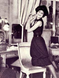 Audrey by Richard Avedon for Harper's Bazaar-Sep/1959