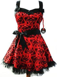 Dude, I love Gothicy/Emo dresses