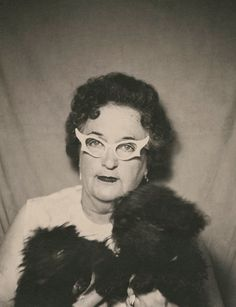 +~ Vintage Photo Booth Picture ~+  Check out those glasses!