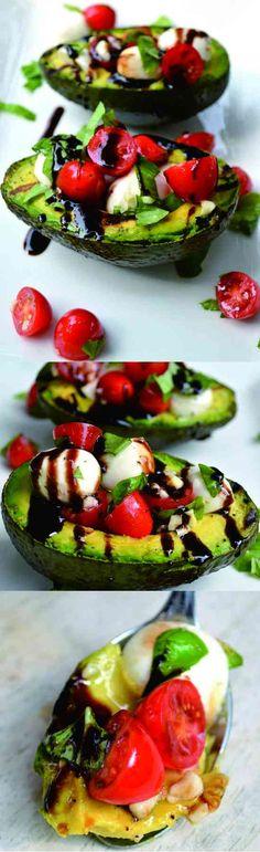 GRILLED AVOCADO CAPRESE SALAD - avocado, basil, garlic, healthy, recipes, salad, tomato
