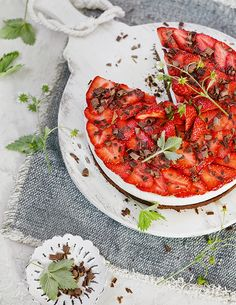 Aromatischen Früchten wie Erdbeeren, Himbeeren, Blaubeeren oder roten Johannisbeeren können wir einfach nicht widerstehen. Daher haben wir ein paar köstliche Rezepte mit…