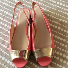 CLOSET CLOSING.  Make me a reasonable offer. Cute medium width shoes.  Never worn.  032304 Shoes Flats & Loafers