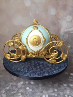 Carriage Cake, 100 Day Celebration, Cinderella Carriage, Cinderella Birthday, Sculpted Cakes, Valentine Day Wreaths, Sweets Cake, Dessert Decoration, Love Cake